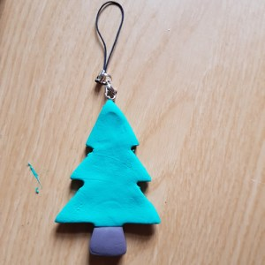 How to Make Easy Jumping Clay Tree Decorations. - Tree 5