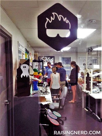 """A Peek into """"Dr. E's"""" Engineering Lab at Tufts"""