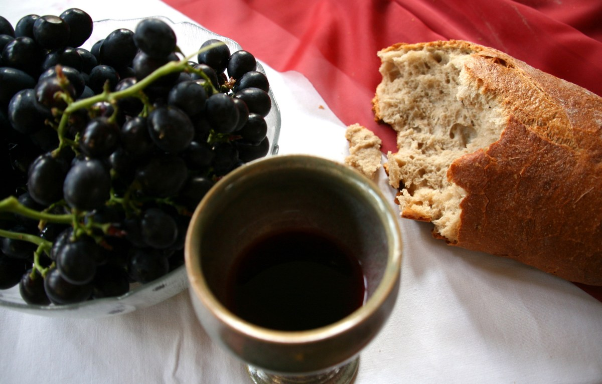 Hiding Him In Little Hearts ~ Communion & Last Supper (Lesson Plans Included!)