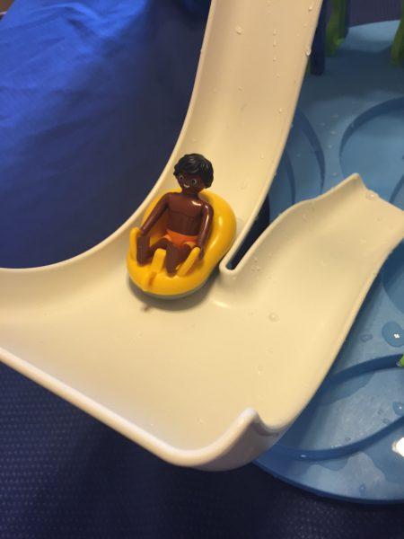 Playmobil waterpark figurines