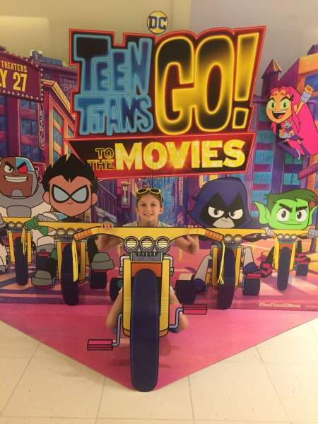 Teen Titans Go To The Movies Blu-Ray Available October 30-9126