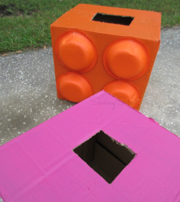 how to kids block costume Frugal and fun costume idea for kids. This mega blok halloween costume would be perfect for kids or adults of any age. This DIY costume is simple and quick to make. #Costume #CostumeDIY #HalloweenCostume #Halloween