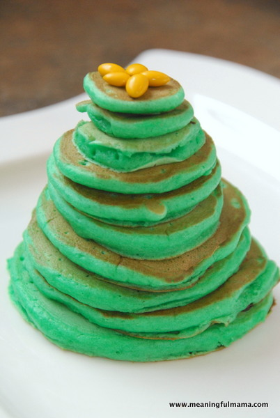 Chritmas tree pancakes