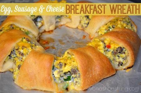 Egg sausage  cheese breakfast wreath