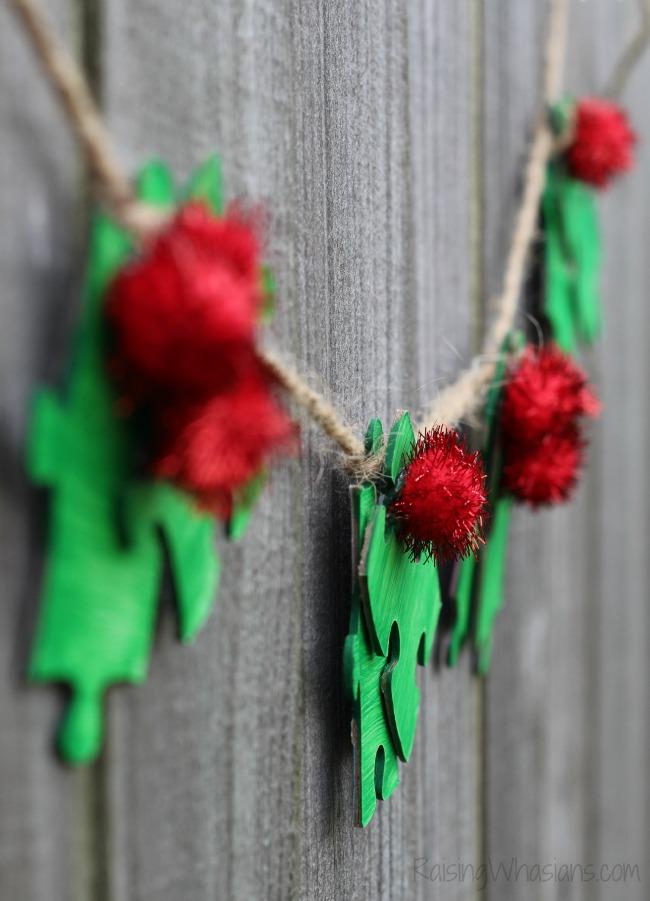 Christmas kid craft holly
