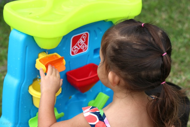 Water play ideas for toddlers