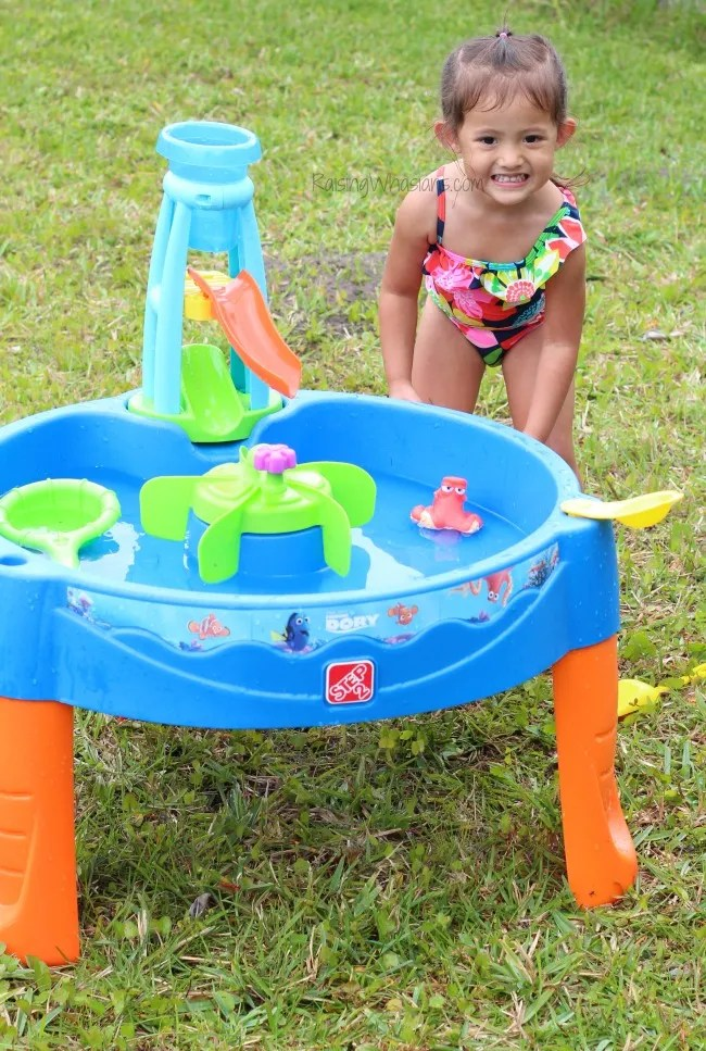 Water table finding dory