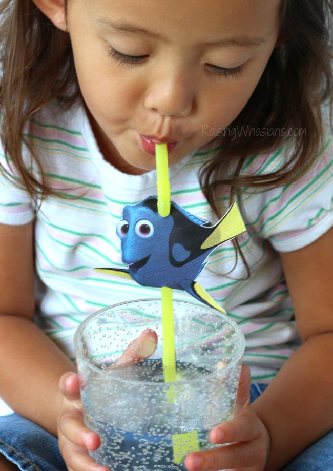 Free finding Dory straw topper