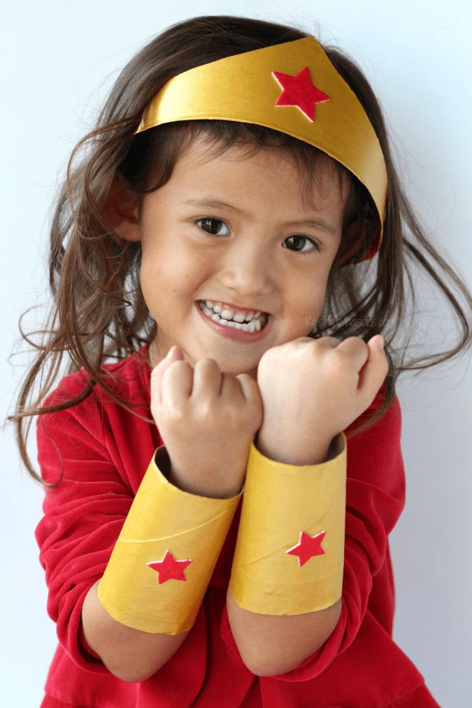 DIY wonder woman kids craft