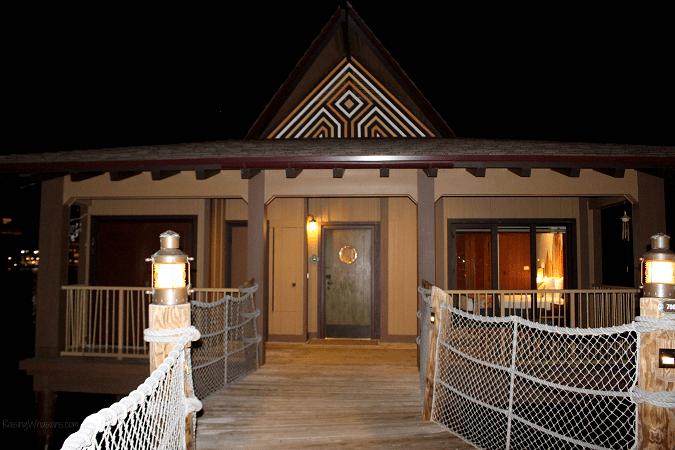 Disney world bungalows polynesian