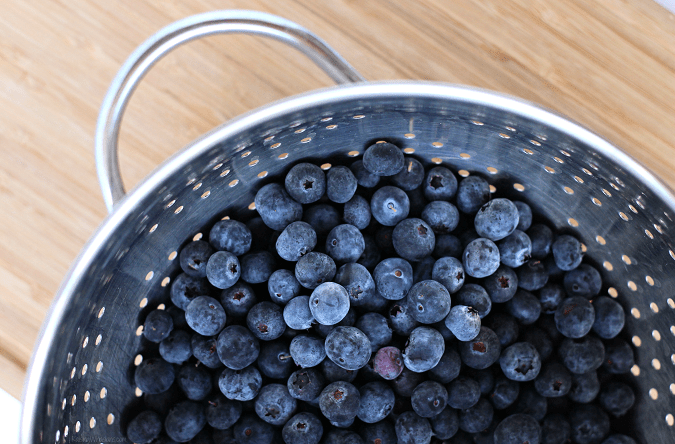 Easy fresh blueberry dessert idea