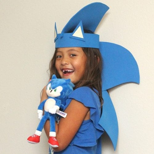 DIY sonic the hedgehog party hat