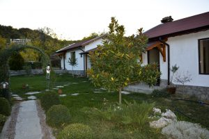Зелен Кът на Къща за гости Райски Кът Мезек