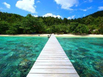 raja ampat resort jetty 2
