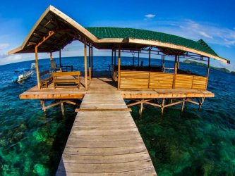raja ampat resort jetty