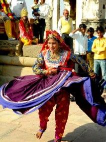 chakri dance3