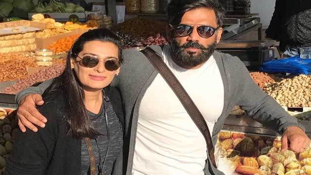 super-dancer-chapter-4-shooting-set-sunil-shetty-said-difficultly-handle-family-with-work-bollywood-news
