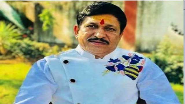 bjp-mla-narayan-tripathi-wrote-cm-letter-to-give-title-of-corona-warrior-for-jholachhap-doctors