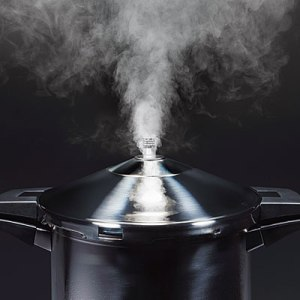 Dealing With Angry Customers - The Pressure Cooker Syndrome
