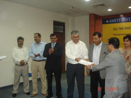 Rajiv Bajaj Presenting certificates to students At Deptt of Tourism & Hospitality of Amity University Noida
