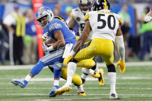 Oct 29, 2017; Detroit, MI, USA; Detroit Lions wide receiver Golden Tate (15) spins after a catch against Pittsburgh Steelers inside linebacker Ryan Shazier (50) during the first quarter at Ford Field. Mandatory Credit: Raj Mehta-USA TODAY Sports