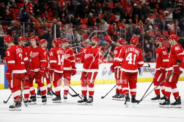 Apr 7, 2018; Detroit, MI, USA; Detroit Red Wings center Henrik Zetterberg (40) and the rest of the team thank the fans for their support after the game against the New York Islanders at Little Caesars Arena. Mandatory Credit: Raj Mehta-USA TODAY Sports
