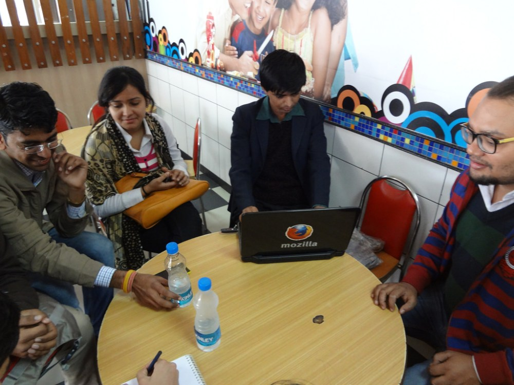 MozCafe With Enthusiastic Mozillians @ Jaipur (5/6)
