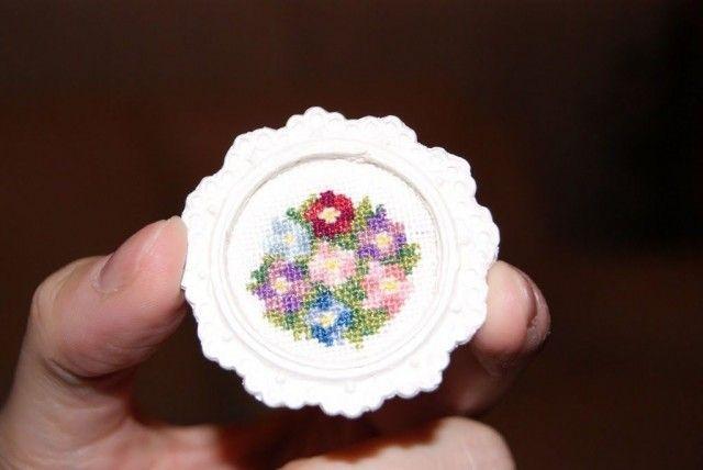 Cuadro con flores a punto de cruz