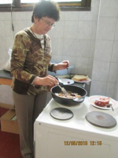 4. Hívás klub szalonna sütés 05. 12 tűzhelyen