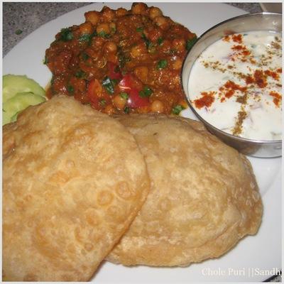 sandhya-kitchen chole puri with raita