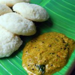 pudina-chutney-with-onion tomato
