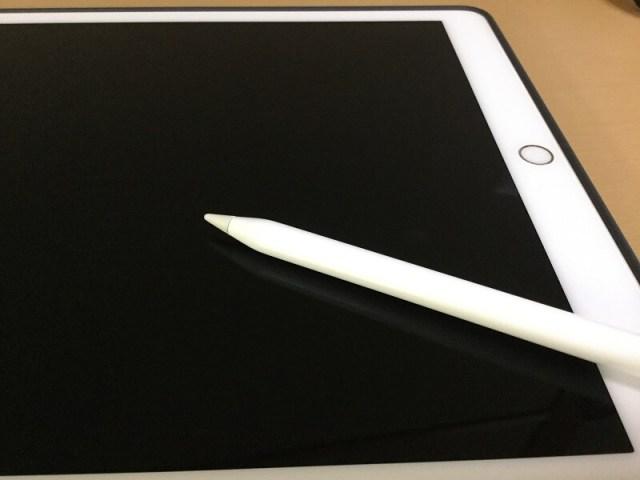 【検証】Apple PencilはiPadのディスプレイに傷を付けるのか?