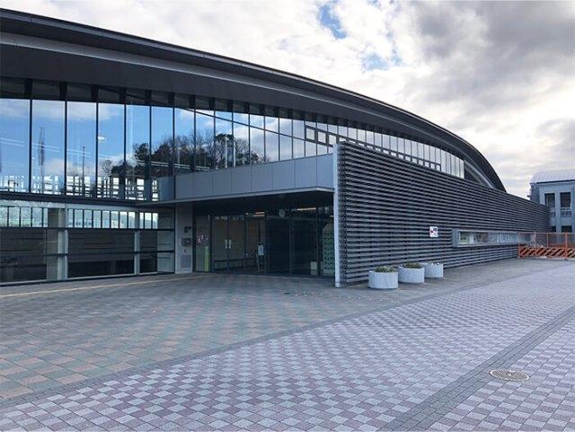 古曽部防災公園の体育館