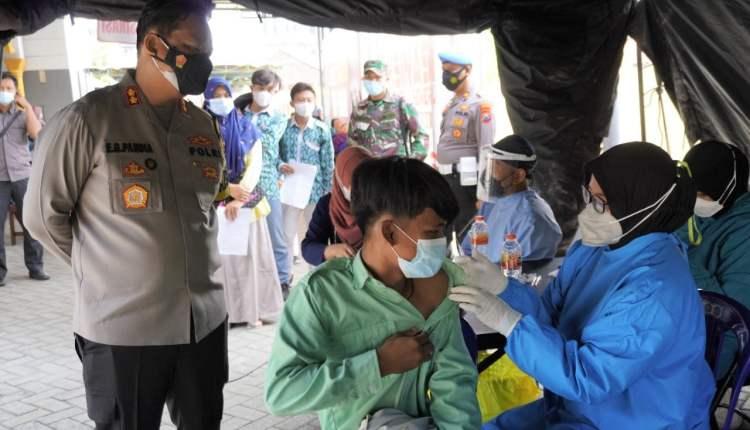 polres bojonegoron terus genjot vaksinasi covid 19, di wilayahnya