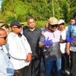 Bupati Tapteng, Bakhtiar Ahmad Sibarani bersama wakil Ketua DPRD Sumut dan komisi D DPRD sumut saat meninjau beberapa lokasi rencana pembangunan. Foto: istimewa