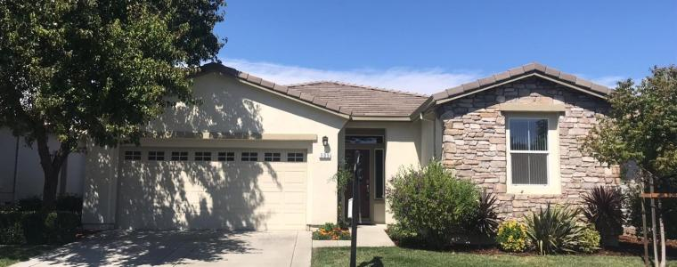 305 FOXWOOD LN Trilogy at Rio Vista Home 2bd/2bth 1767sf