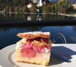 Cream cake raspberry flavoured