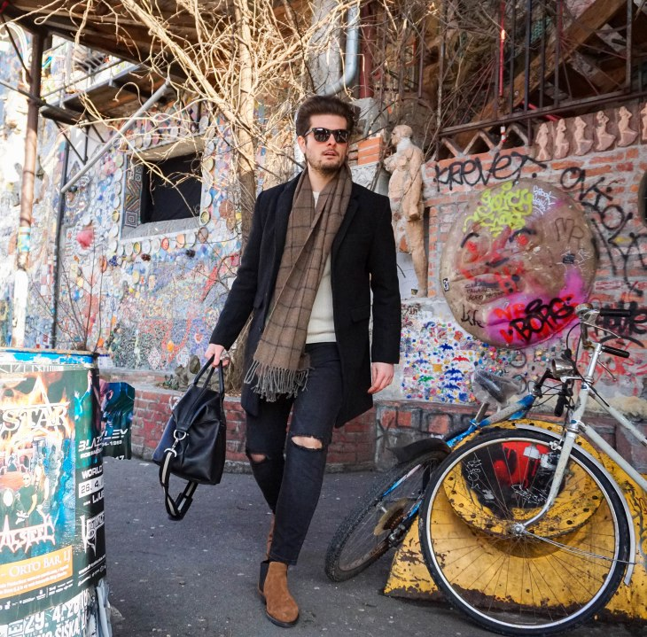 Rale Popic, Picard bag, Lecharlwatch, Bellfield coat, Way Darby sunglasses, Zara jeans