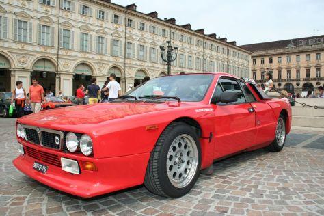 Lancia_Rally_037_Stradale.jpg