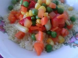 Cuşcuş cu legume congelate