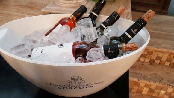 Eleganță și rafinament frantuzesc într-o degustare Corcova și Delaco 3