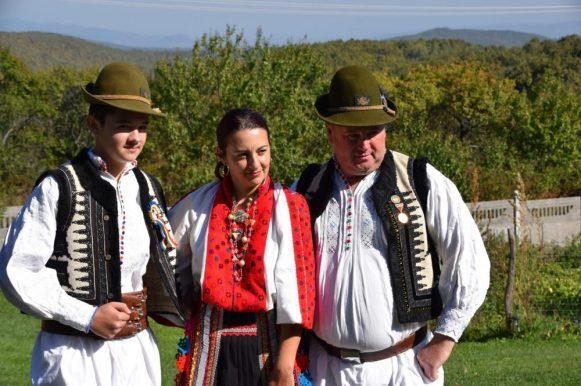 Tanara familie Mircea