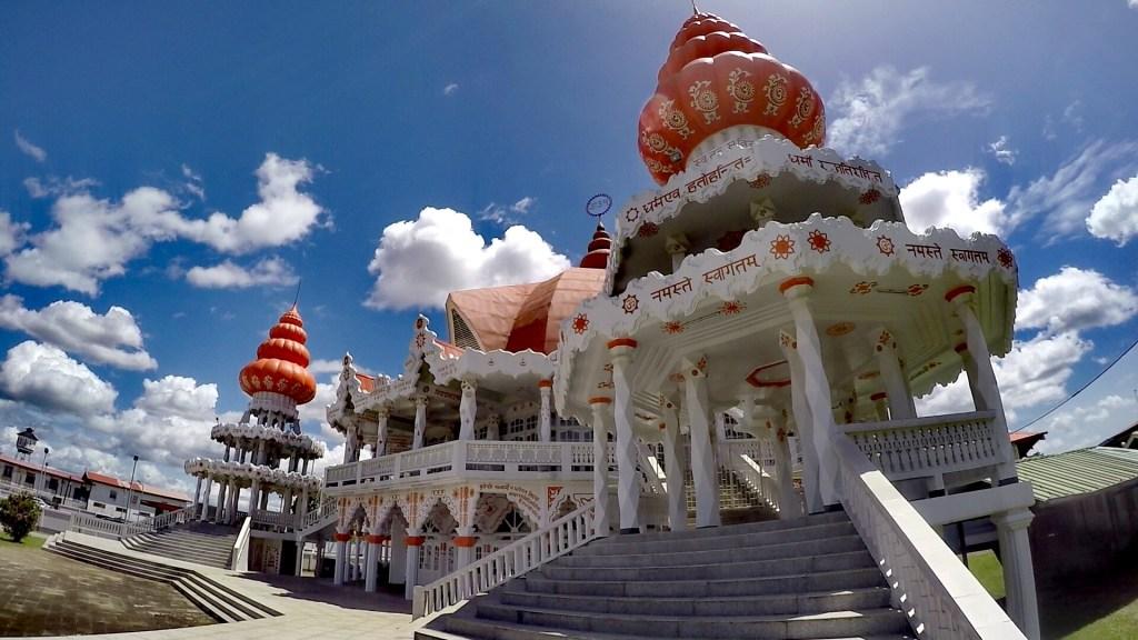 "Templo Hindú ""Arya Dewaker"" - Surinam"