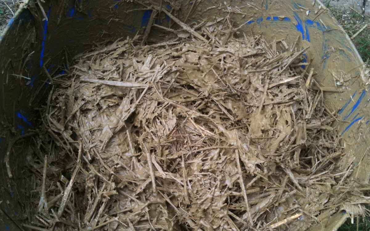 Light Straw Clay