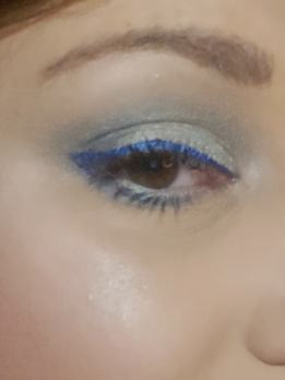 Make Up Bleu Glacier