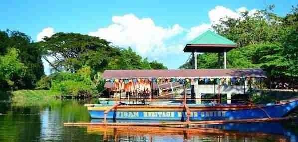 Mestizo River Cruise in Vigan
