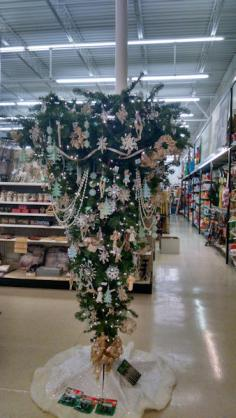 The upside down tree at True Value in Red Oak
