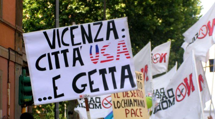 Manifestazione contro l'ampliamento della base Usa di Vicenza