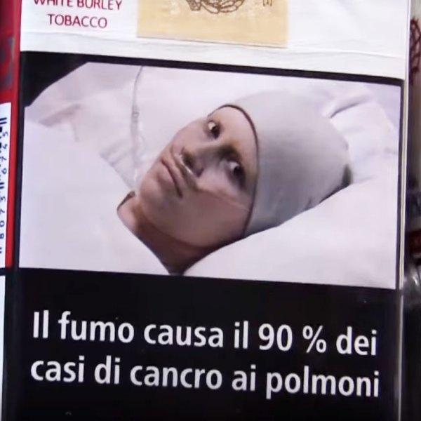 Il giornalismo copia-incolla e la bufala della foto rubata sui pacchetti di sigarette