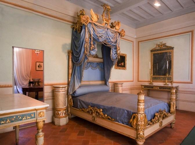 L'isola di Napoleone: con la bella stagione, tutti all'Elba  Image of L'isola di Napoleone: con la bella stagione, tutti all'Elba